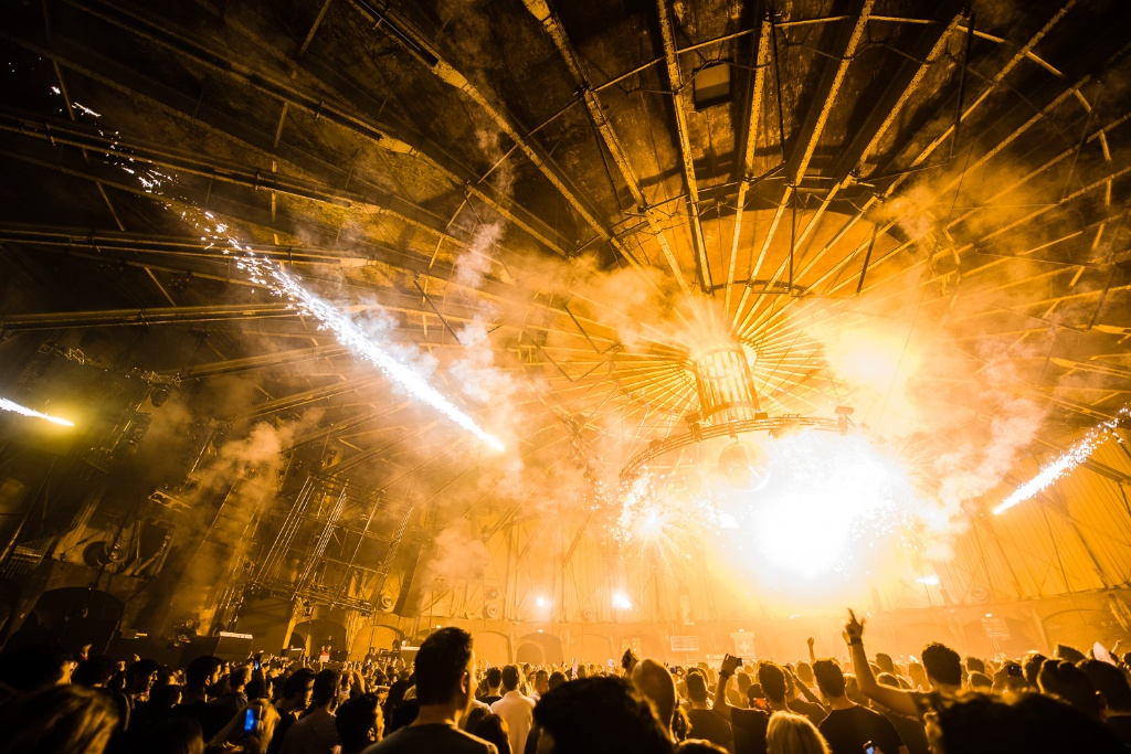 Indoor Fireworks on New Year's Eve in Amsterdam @ Awakenings, Gashouder
